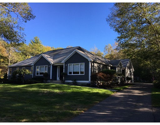 Single Family Home for Sale at 15 Tracey Lane Sharon, Massachusetts 02067 United States