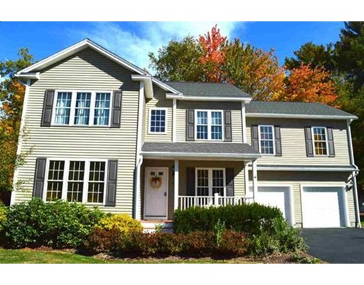 Single Family Home for Sale at 4 Lowther Place Nashua, New Hampshire 03062 United States