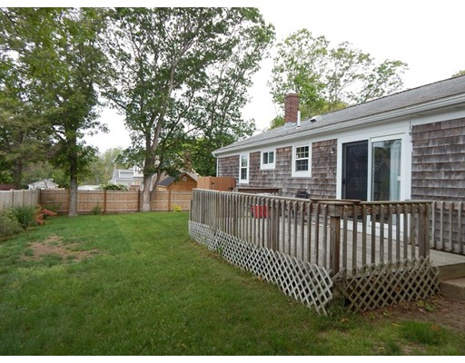 Additional photo for property listing at 15 Oak Street  Falmouth, Massachusetts 02536 United States