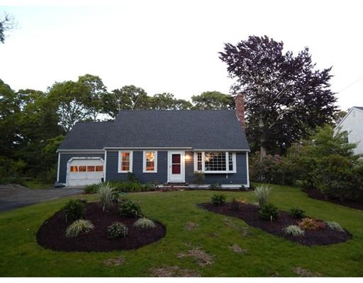 Casa Unifamiliar por un Alquiler en 108 Teaticket Path 108 Teaticket Path Falmouth, Massachusetts 02536 Estados Unidos