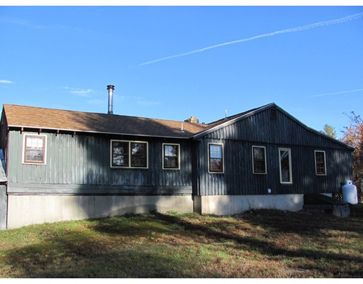 واحد منزل الأسرة للـ Sale في 100 Willard Road Ashburnham, Massachusetts 01430 United States
