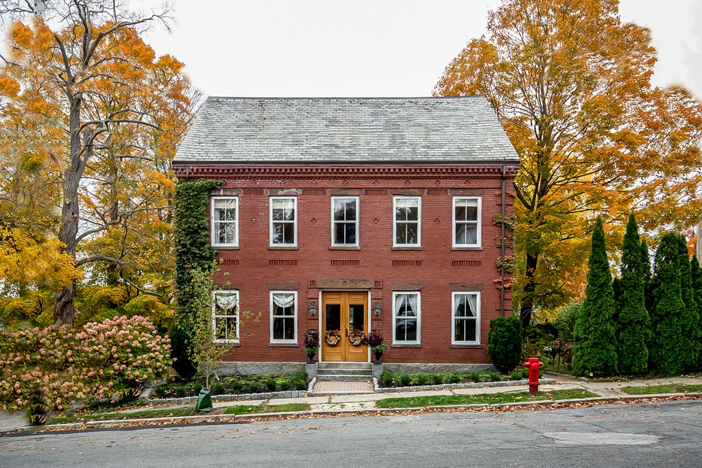 Property for sale at 23 Tyng St, Newburyport,  MA 01950