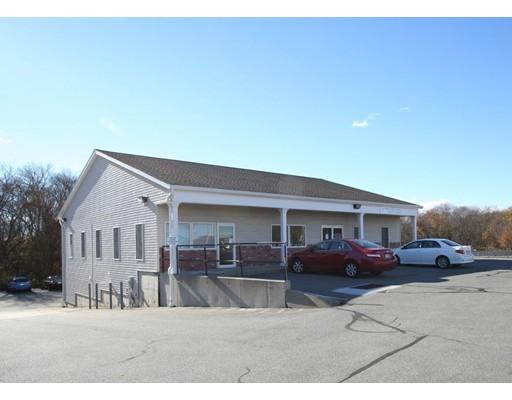 Commercial للـ Rent في 1738 Gar Hwy 1738 Gar Hwy Swansea, Massachusetts 02777 United States
