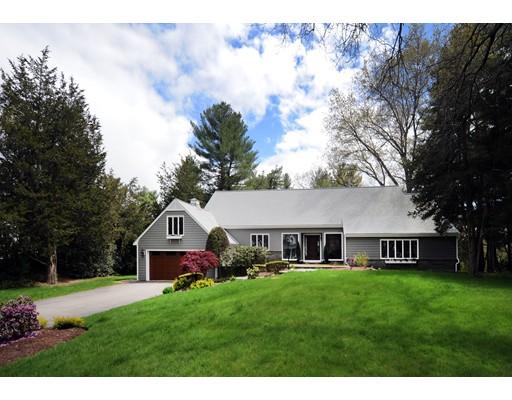 Частный односемейный дом для того Продажа на 50 Wildwood Drive Needham, Массачусетс 02492 Соединенные Штаты