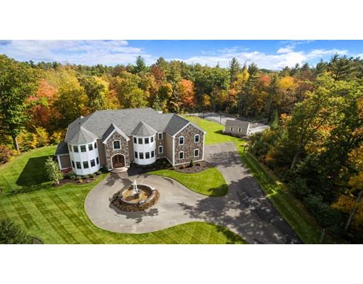 Частный односемейный дом для того Продажа на 19 Ross Lane Middleton, Массачусетс 01949 Соединенные Штаты