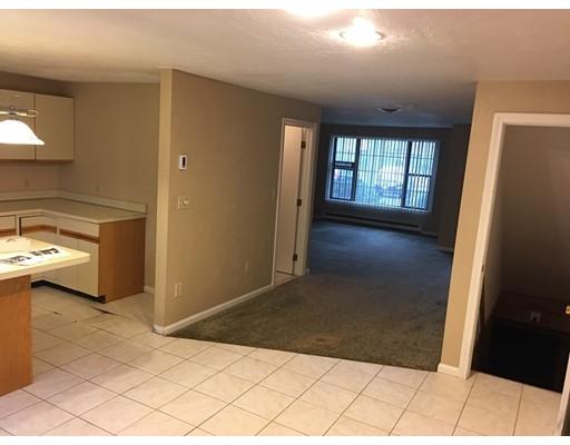 Additional photo for property listing at 195 Falmouth Road  Mashpee, Massachusetts 02649 United States
