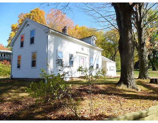 Single Family Home for Sale at 112 Cold Hill 112 Cold Hill Granby, Massachusetts 01033 United States