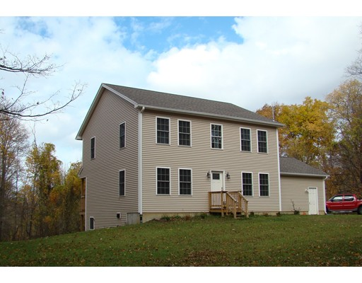独户住宅 为 销售 在 796 Reed Street Warren, 马萨诸塞州 01083 美国