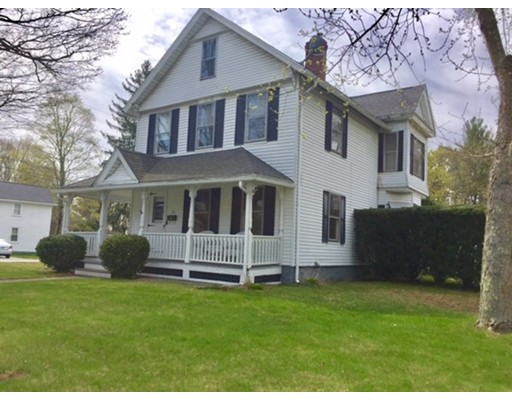 Maison unifamiliale pour l Vente à 376 Woodstock Avenue Putnam, Connecticut 06267 États-Unis