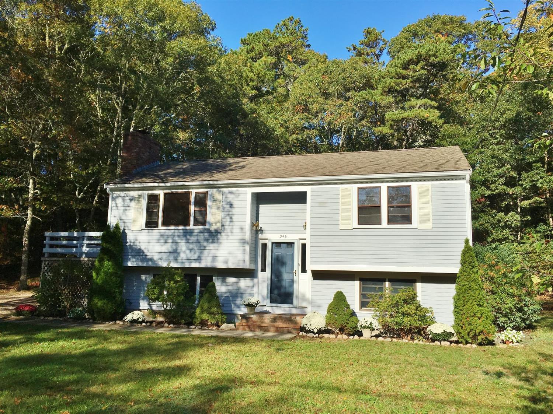 Casa Unifamiliar por un Venta en 346 Old Mill Road Barnstable, Massachusetts 02648 Estados Unidos