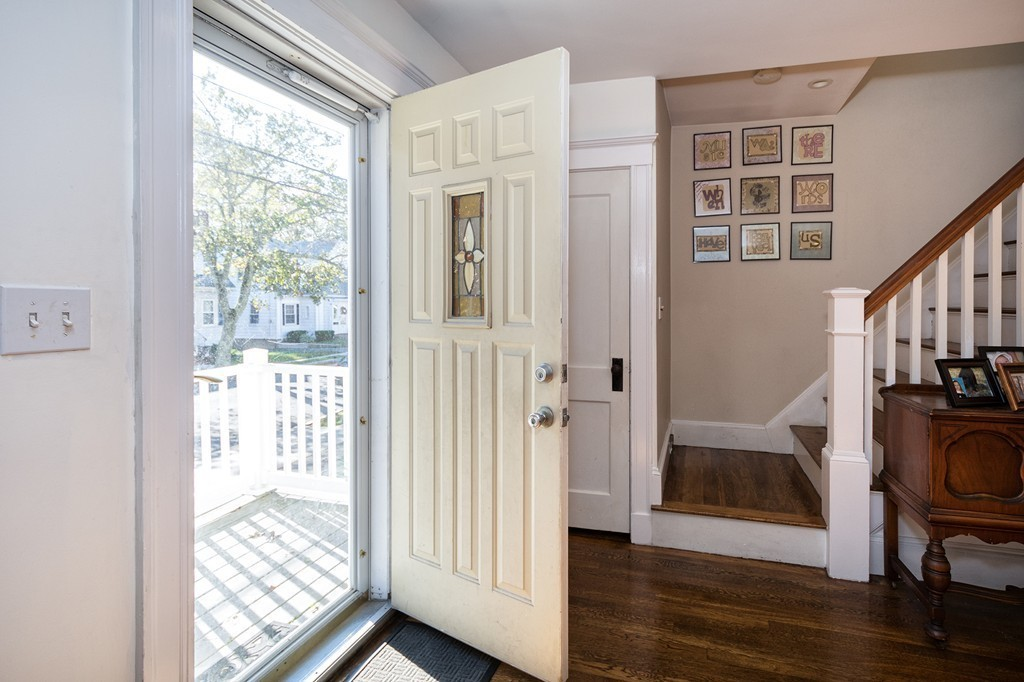 47 connell st quincy ma 02169 in norfolk county mls for Hardwood floors quincy ma