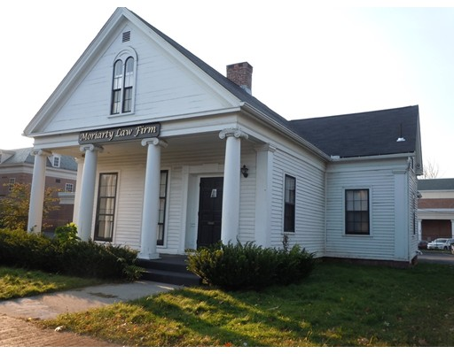34 Mulberry St, Springfield, MA 01105