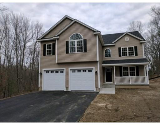 Maison unifamiliale pour l Vente à 56 McCracken Road Millbury, Massachusetts 01527 États-Unis
