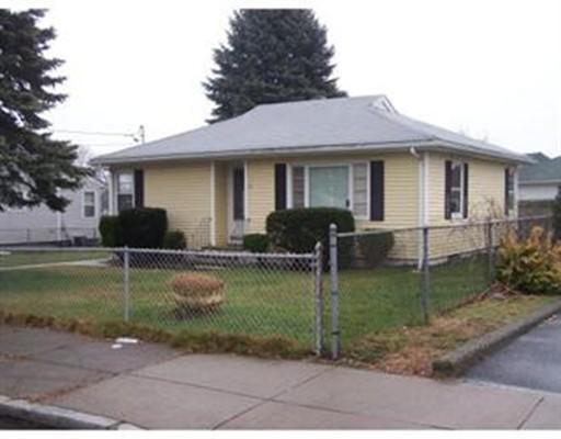 Casa Unifamiliar por un Venta en 31 Streetockton Street Fall River, Massachusetts 02721 Estados Unidos