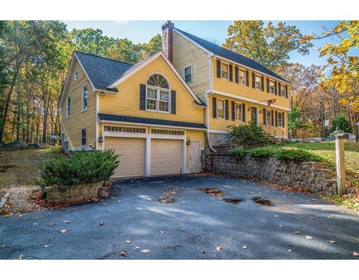 Single Family Home for Sale at 66 Chestnut Road Tyngsborough, Massachusetts 01879 United States