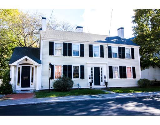 Casa Unifamiliar por un Venta en 15 Brook Street Cohasset, Massachusetts 02025 Estados Unidos