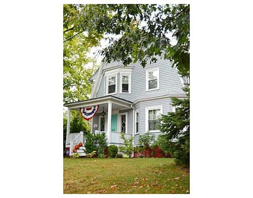 独户住宅 为 销售 在 553 Fruit Hill Avenue North Providence, 罗得岛 02911 美国