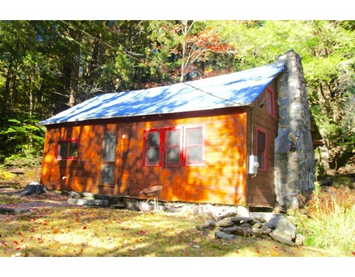 Single Family Home for Sale at 110 Capen Street Worthington, Massachusetts 01098 United States