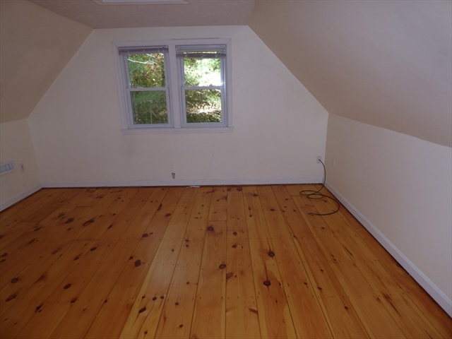 Photo #7 of Listing 26 Timber Ln