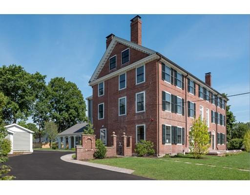 公寓 为 出租 在 19 Court #3 19 Court #3 戴德姆, 马萨诸塞州 02026 美国