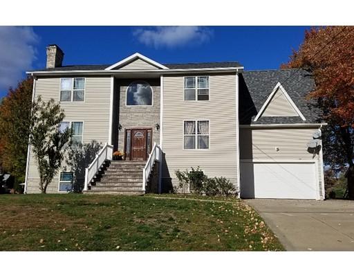 Maison unifamiliale pour l Vente à 195 Leonard Street Agawam, Massachusetts 01001 États-Unis