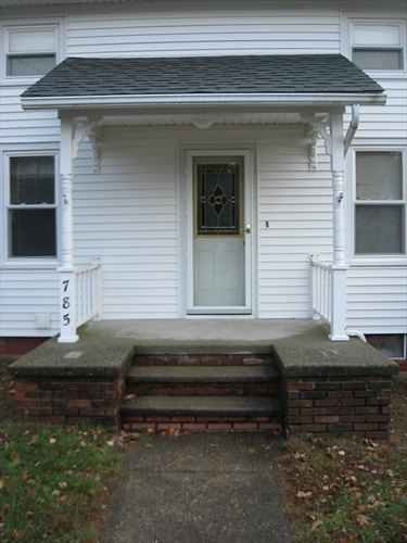 Photo #10 of Listing 785 Franklin Street