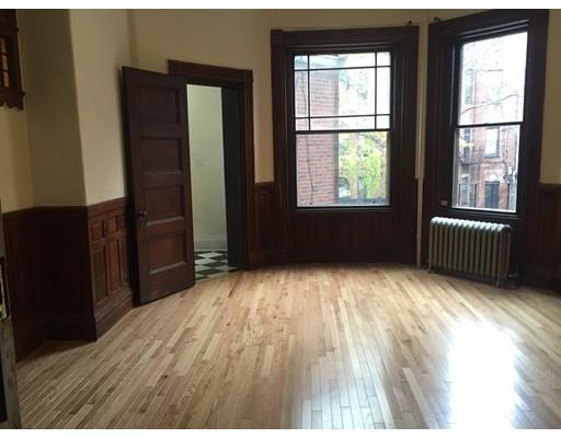 独户住宅 为 出租 在 293 Newbury Street 波士顿, 马萨诸塞州 02115 美国