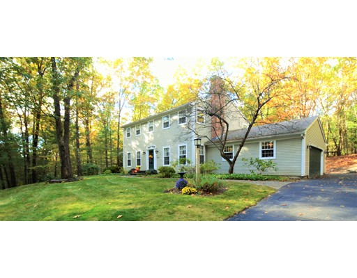 Additional photo for property listing at 19 Foxglove Lane  Amherst, Massachusetts 01002 États-Unis