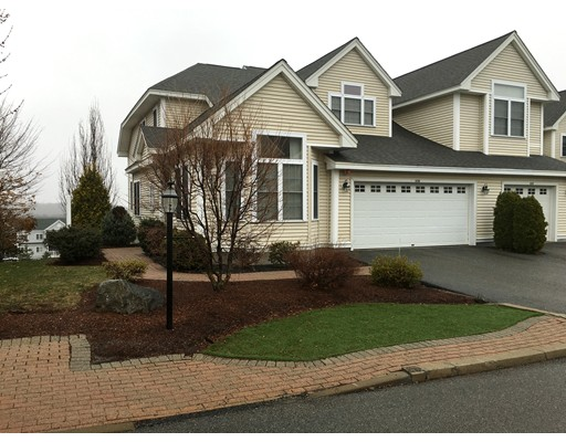 Condominio por un Venta en 636 Devenwood Way Clinton, Massachusetts 01510 Estados Unidos