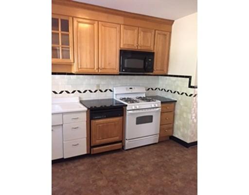 Appartement pour l à louer à 95 Warwick #95 95 Warwick #95 Newton, Massachusetts 02465 États-Unis