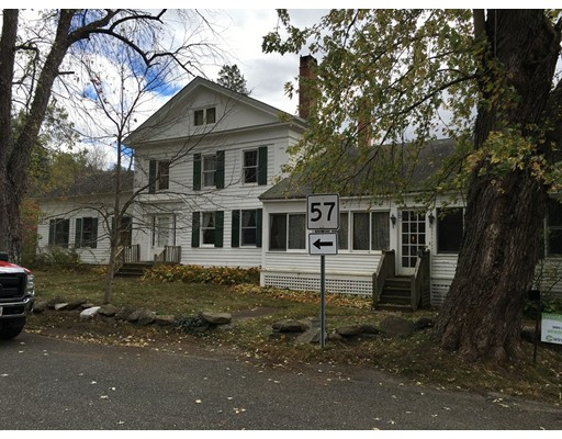 Maison unifamiliale pour l Vente à 829 Mill River Southfield Road New Marlboro, Massachusetts 01230 États-Unis