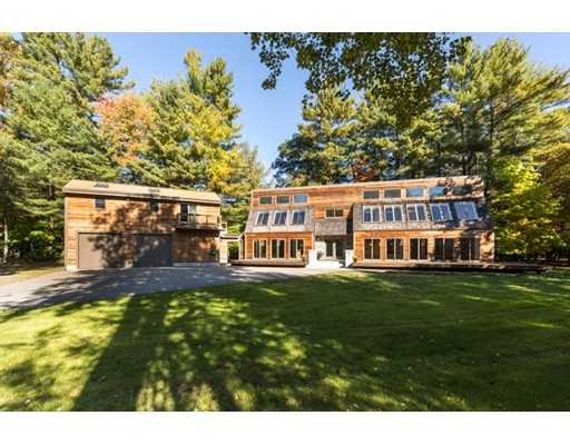 Maison avec plusieurs logements pour l Vente à 178 South Road Bedford, Massachusetts 01730 États-Unis