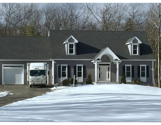 Single Family Home for Sale at 1 Hilltop Road Lancaster, Massachusetts 01523 United States