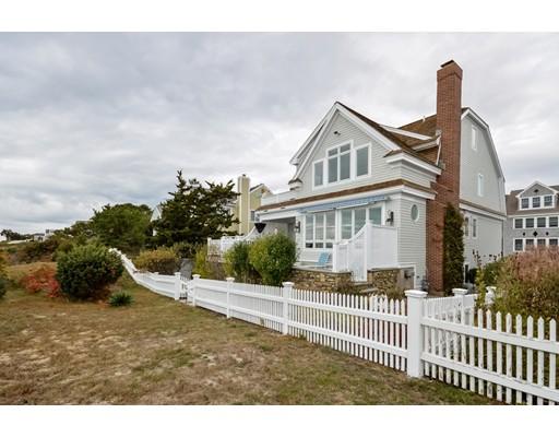 Частный односемейный дом для того Продажа на 14 Cross Street Mashpee, Массачусетс 02649 Соединенные Штаты