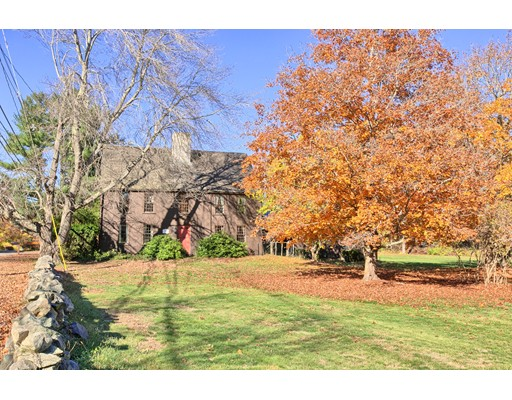 Single Family Home for Sale at 187 Central Street Rowley, Massachusetts 01969 United States