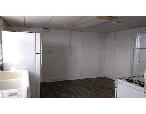 Casa Unifamiliar por un Alquiler en 20 Crescent Street Marlborough, Massachusetts 01752 Estados Unidos