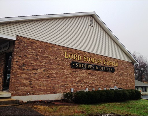 Commercial للـ Rent في 11 South Road 11 South Road Somers, Connecticut 06071 United States