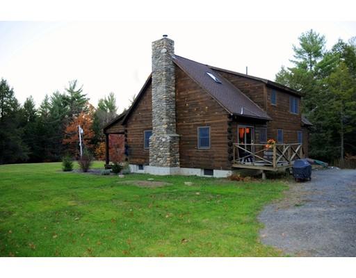Casa Unifamiliar por un Venta en 65 Pitcherville Road Hubbardston, Massachusetts 01452 Estados Unidos