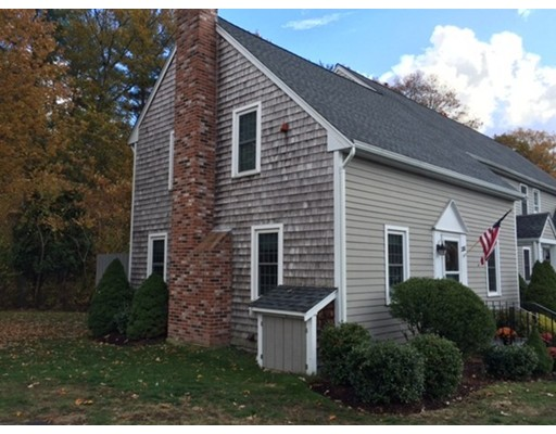Condominio por un Venta en 288 Twin Lakes Drive Halifax, Massachusetts 02338 Estados Unidos