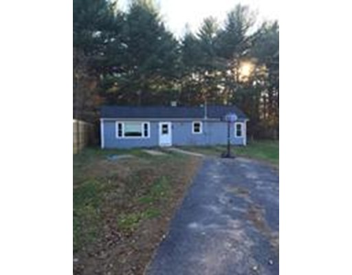 Single Family Home for Sale at 32 Church Street Hardwick, Massachusetts 01031 United States