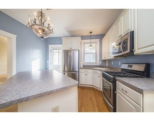 Casa Multifamiliar por un Venta en 144 Pearl Street Enfield, Connecticut 06082 Estados Unidos