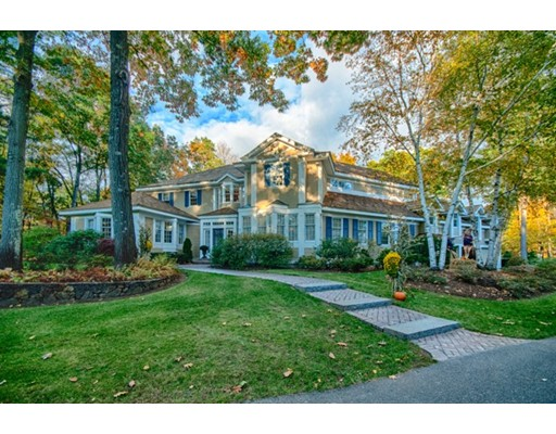 Single Family Home for Sale at 44 Castlemere Place North Andover, Massachusetts 01845 United States