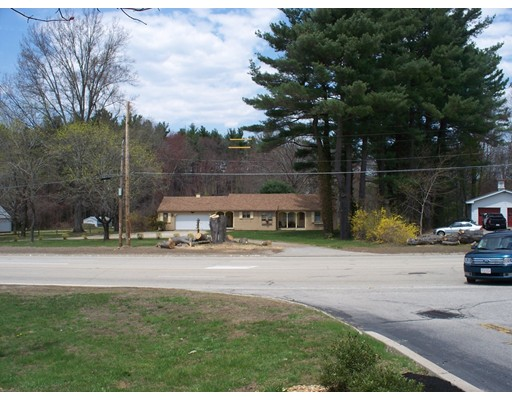 Commercial للـ Sale في 216 Charlton Street 216 Charlton Street Sturbridge, Massachusetts 01566 United States