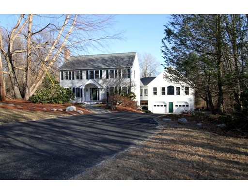 66 Mount Pleasant St, Westborough, MA 01581
