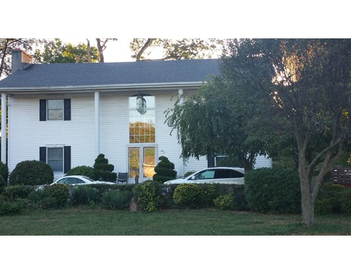 Single Family Home for Sale at 986 Main Street Agawam, Massachusetts 01001 United States