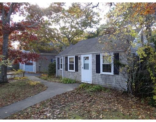 Casa Unifamiliar por un Venta en 141 Seaview Avenue 141 Seaview Avenue Yarmouth, Massachusetts 02664 Estados Unidos