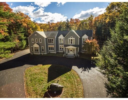 واحد منزل الأسرة للـ Sale في 34 South Street Natick, Massachusetts 01760 United States