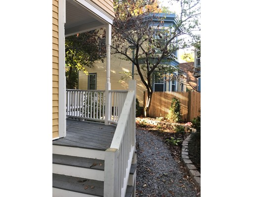 sold property at 5 Howland Street