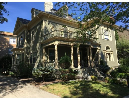 Casa Unifamiliar por un Venta en 15 Arnold Place New Bedford, Massachusetts 02740 Estados Unidos