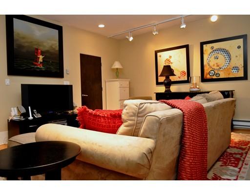 Single Family Home for Rent at 71 Marlborough Boston, Massachusetts 02116 United States
